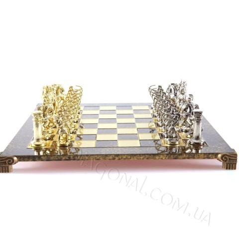Уникальные шахматы Лучники в деревянном футляре коричневые 44x44 см